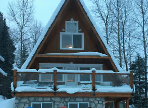 Sun Peaks Ski-in/Ski-out Vacation Rental at Burfield Heights