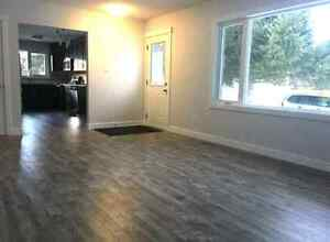 Renovated 3 Bedroom Main Floor in Crestwood!