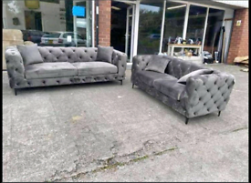 Chesterfield Cleveland Sofa Set