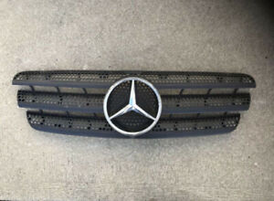 Mercedes ML front grill