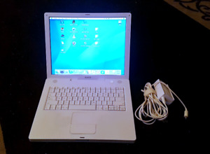 iBook G4 in good working condition