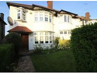 3 bedroom house in West Avenue, Finchley, N31