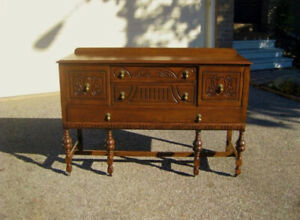 Gorgeous Antique Restored Oak Buffet / Sideboard / Credenza
