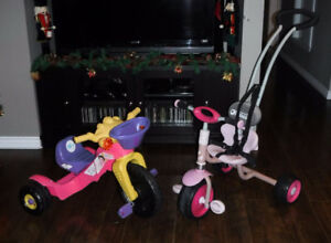 Tricycle Fisher Price Dora  - Tricycle à pousser Hauck