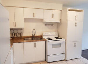 1 bdrm apartment - Hamilton Centre - December 1 or earlier