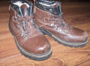 Men's leather winter boots