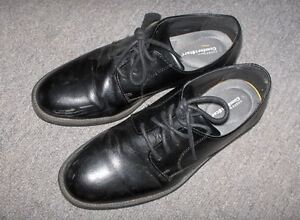 Men's dress shoes,, size 8 1/2 - NEW PRICE