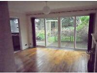 2 bedroom flat in Fern Close, Ravenshead, Nottinghamshire, NG15