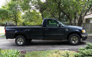 ► Bed/Furniture Transport with an 8' Truck + Hydraulic Lift