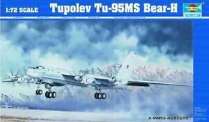 Trumpeter 1/72 01601 Tupolev Tu-95MS Bear-H