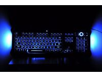 Gamers Saitek PC keyboard With blue illumination