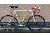 Peuogeot Premiere road bike excellent condition (city centre)