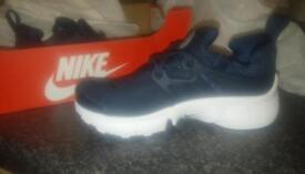 brand new nike infant 9.5 trainers