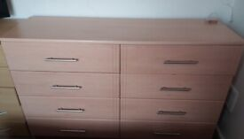 Great condition, sturdy chest of 8 spacious drawers