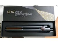 NEW ghd original professional styler