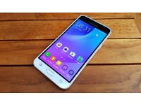 SAMSUNG GALAXY J3 2016 / COMES ALL BOXED UP AND UNLOCKED / FOR SALE OR SWAPS