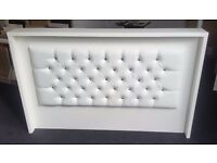 RECEPTION DESK IN WHITE MATT WITH PADDED FRONT, SALOON, BARBER/Ref: 0424