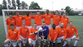 1 MIDFIELDER, 1 DEFENDER NEEDED: Players wanted for South London Football Team. H20UD