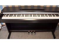 Yamaha YDP 135r Digital Piano