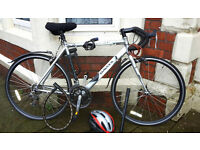 Dawes Giro 200 - ROAD BIKE