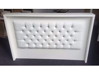 Reception Desk in White Matt with Padded front,Saloon,Barber/Ref: 0708