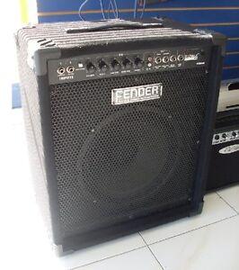 IMPECCABLE COMME NEUF Amplificateur de basse FENDER RUMBLE 60