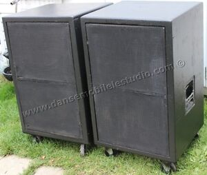 4 X 2226 JBL 15 inches in cabinets