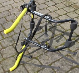 Saloon bike rack