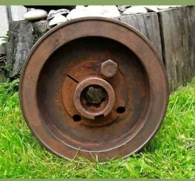 Vintage Cast Iron Wheel/Pulley