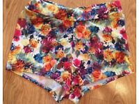 NEW Boohoo Mini Shorts Size 8