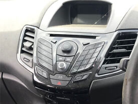 2014 Ford Fiesta CD player head unit with screen