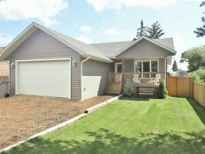 PRICE & QUALITY of this 3 yr old HOME CAN'T BE BEAT