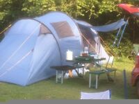HALFORDS 4 PERSON TENT, TWO SINGLE FLOCK AIRBEDS , 12V PUMP AND TWO SLEEPING BAGS £45