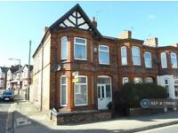 3 bedroom house in Woodchurch Road, Birkenhead, CH42 (3 bed)