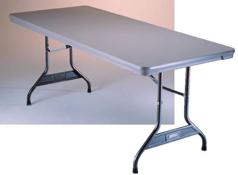 table pliante plastique 6 pieds business industrial qu bec kijiji. Black Bedroom Furniture Sets. Home Design Ideas