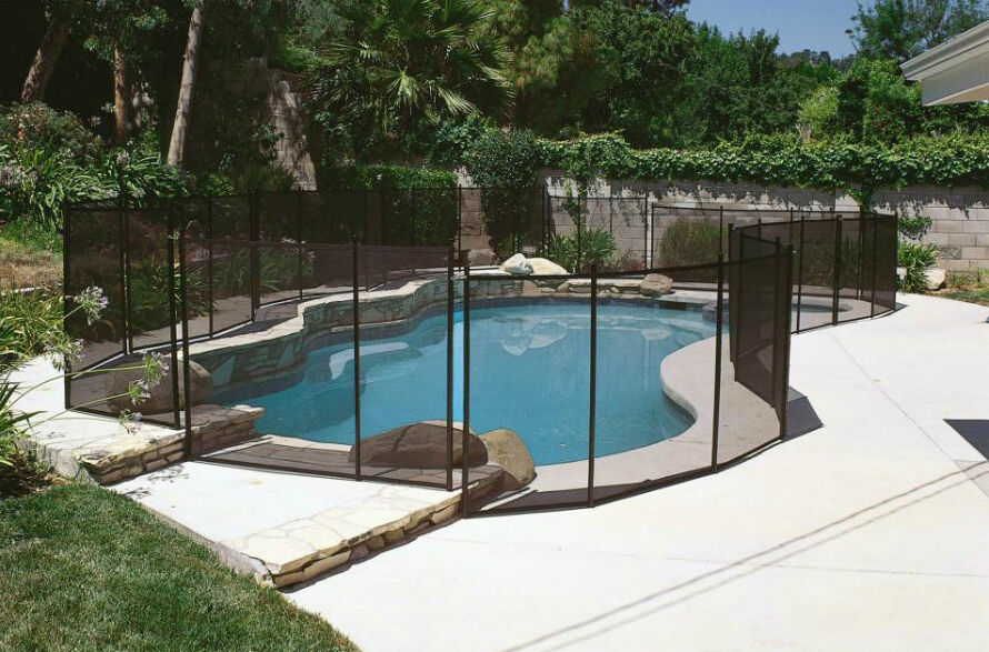 The Best Fences to Make a Pool Child-safe
