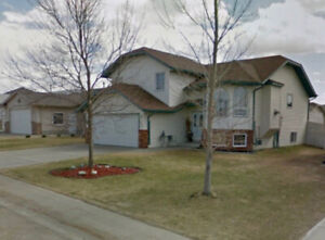 BEAUTIFUL HOME AT  ROSEDALE MEADOWS, RED DEER FOR RENT