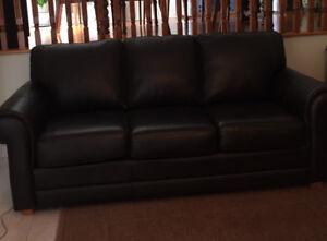 Sofa en cuir COMME NEUF - Vente rapide!