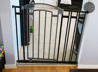 Summer Infant extra tall baby gate