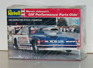 Revell Warren Johnson '93 NHRA Pro Stock Olds Cutlass 1:25 Model