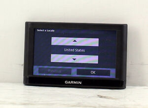 GARMIN NUVI 56LMT GPS preloaded with Canada and US maps NO MOUNT