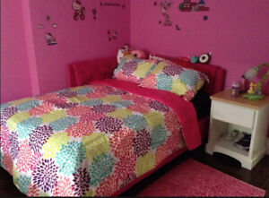 Double/full size corner bed