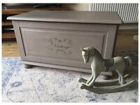 ANNIE SLOAN PAINTED SHABBY CHIC BLANKET/TOY BOX/TRUNK