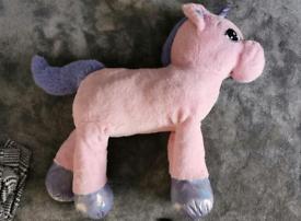 FREE Giant unicorn