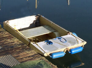 Checkerplate dinghy with Trailer