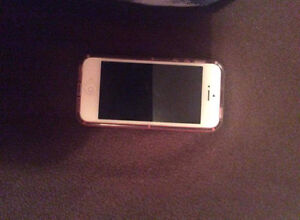 Iphone 5 32gb with cam locked to bell