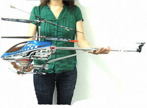 """Huge 32"""" RC Helicopter Sky King 3.5 Channel With Gyro"""