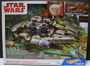 Hot Wheels Star Wars Millennium Falcon Character Car Track Set