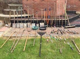 Huge job lot of vintage and modern garden tools
