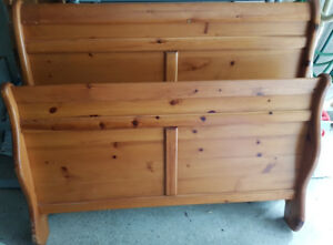 Pine Double/Full Bed Frame with headboard, footboard and rails